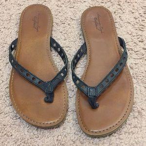 American Eagle Black Faux Leather Flip Flop Sandal